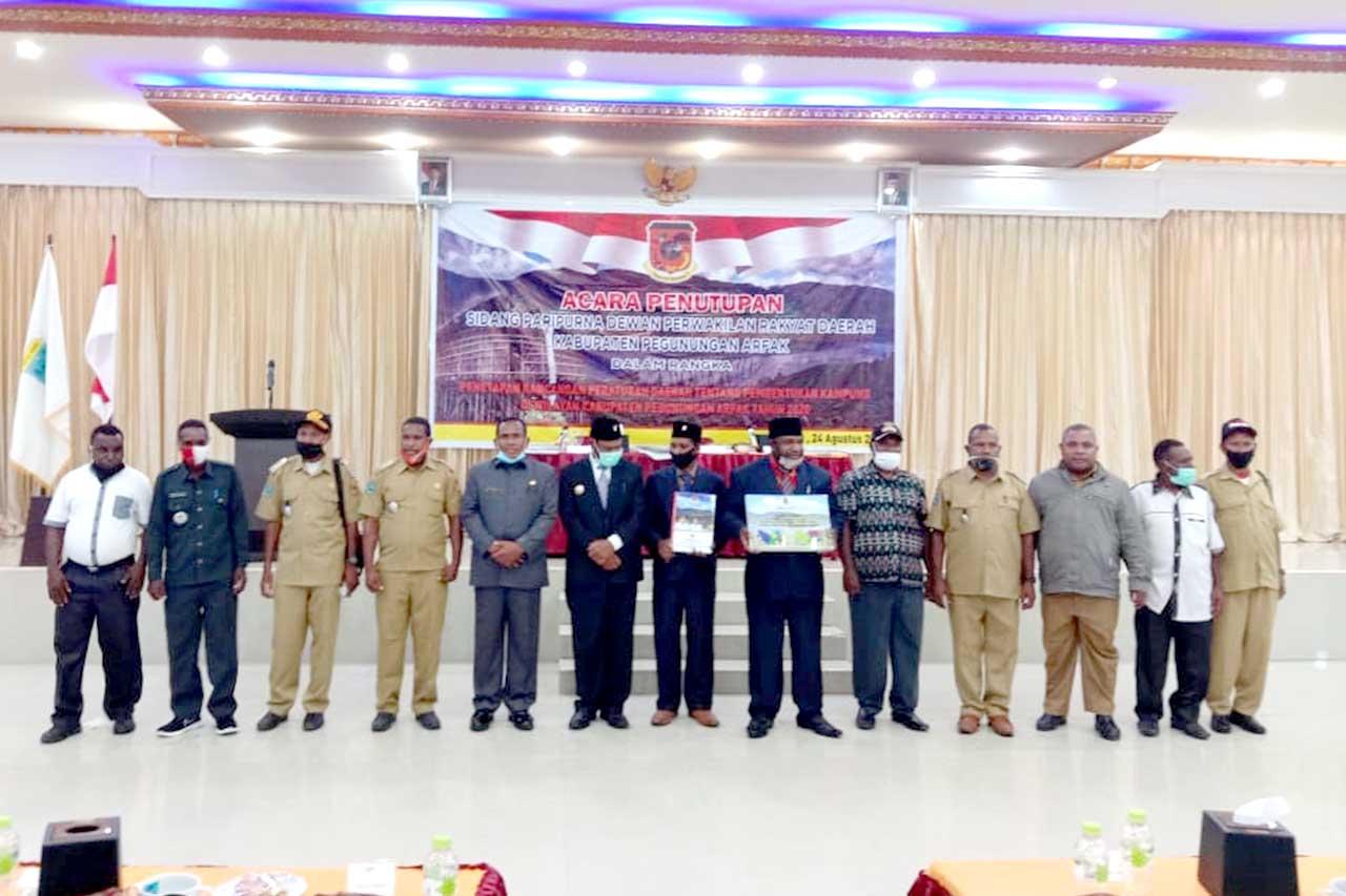 Sidang Paripurna DPRD Kabupaten Pegaf Agenda Pembahasan Perda Pembentukan 203 Kampung Baru