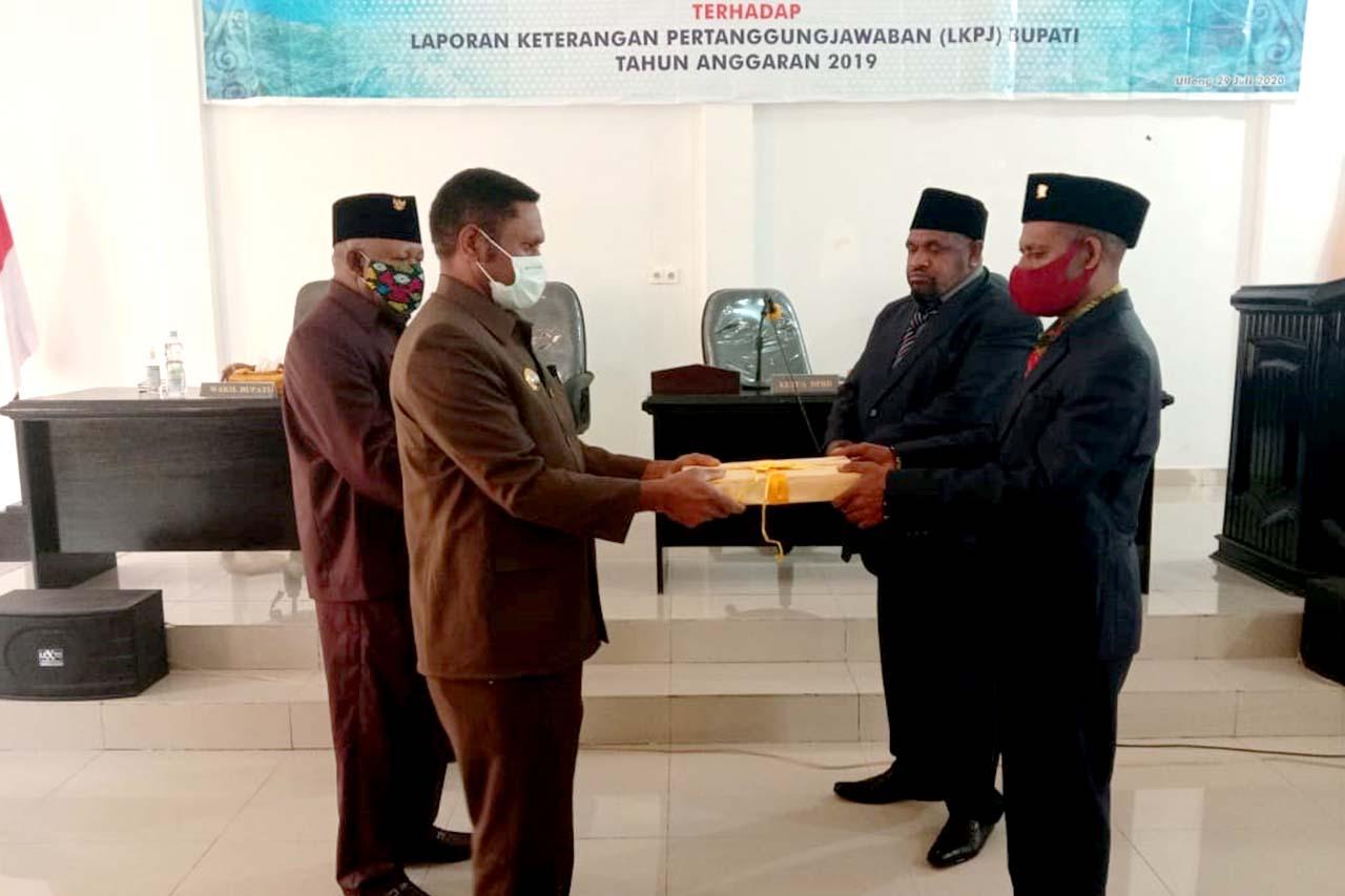 Sidang Paripurna DPR Pegunungan Arfak Laporan Keterangan Pertanggungjawaban (LKPJ) Bupati tahun 2019